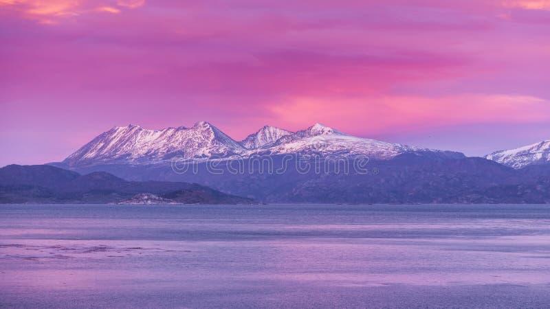 Beagle kanał Ushuaia Wschód słońca Wschód słońca Argentyna Jul 2014 obraz stock