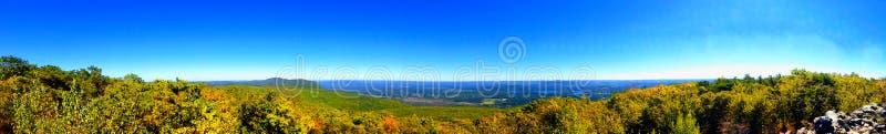 Bear Mountain-Ansichten lizenzfreies stockbild