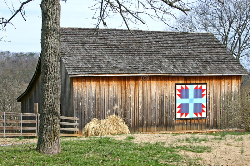 Bear's Paw Quilt Barn 2 stock image