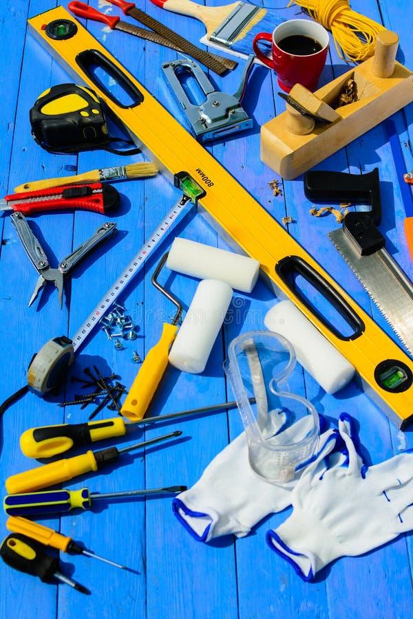 Bearbeitet Erbauerausrüstung stockbild