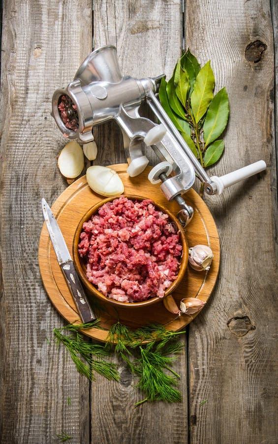 Bearbeta av kött arkivbild