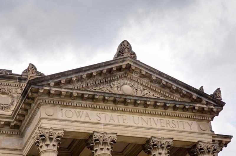 Beardshear Hall на государственном университете Айовы стоковое фото