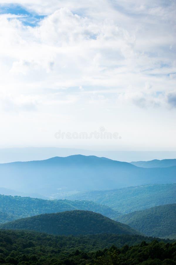 Bearfence góry krajobraz w Shenandoah parku narodowym, dziewica zdjęcie royalty free