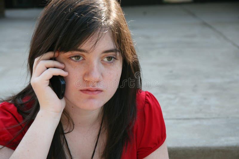 Beatufiul teenager al banco immagine stock libera da diritti