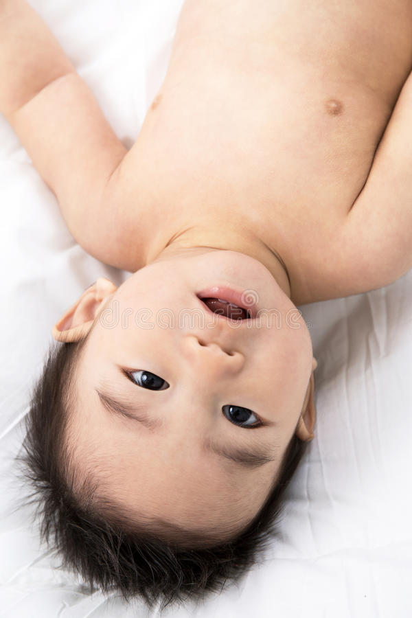 Download Beau Bébé Mignon Asiatique De Sourire Photo stock - Image du garçon, nouveau: 45366748