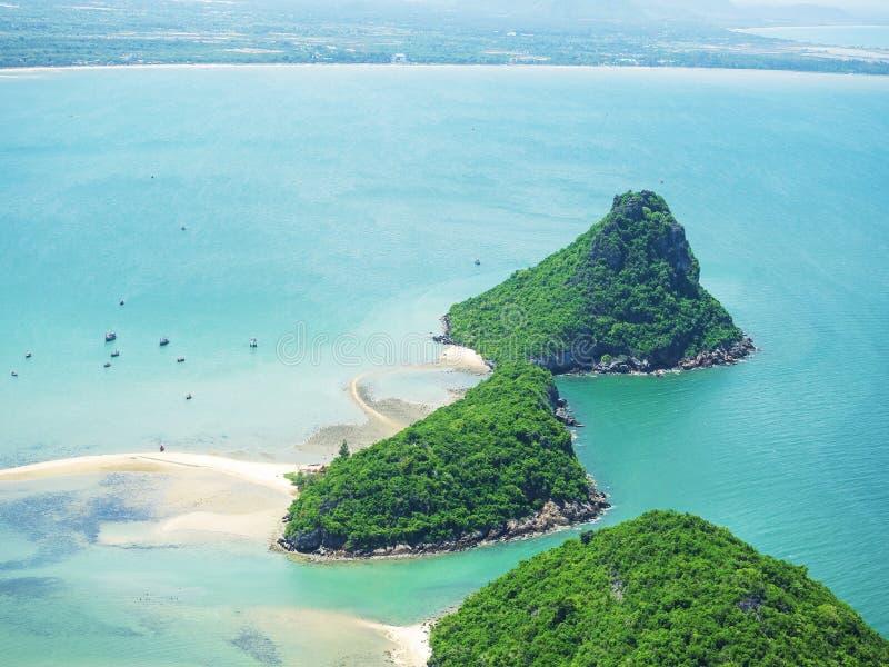 Beau bord de mer l'heure d'été tropicale image libre de droits