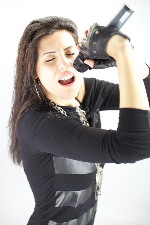 Beau chanteur de roche de femme photographie stock