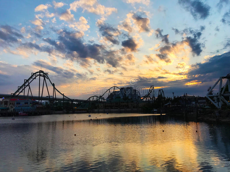 Beau ciel au studio universel Japon photo stock