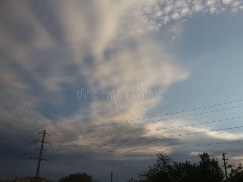 Beau ciel dans le semey photographie stock