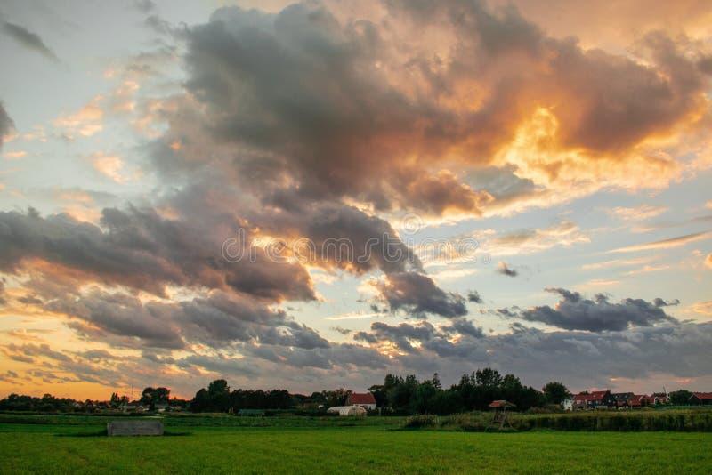 Beau ciel Ouddorp, Pays-Bas photo libre de droits