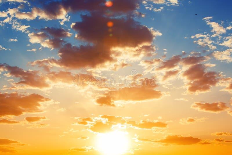 Beau cloudscape au-dessus de la mer carribean, tir de coucher du soleil photographie stock