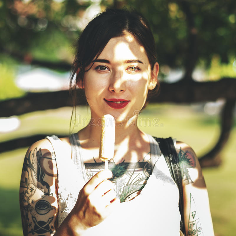 Beau concept élégant à la mode femelle asiatique photographie stock libre de droits