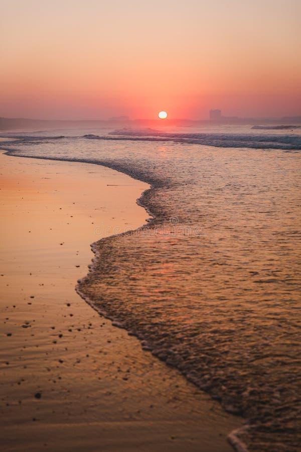 Beau coucher de soleil orange photographie stock