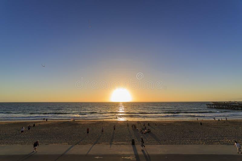 Beau coucher du soleil à Redondo Beach image libre de droits