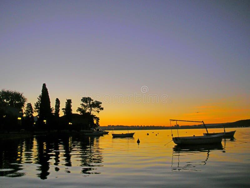 Beau coucher du soleil photos stock