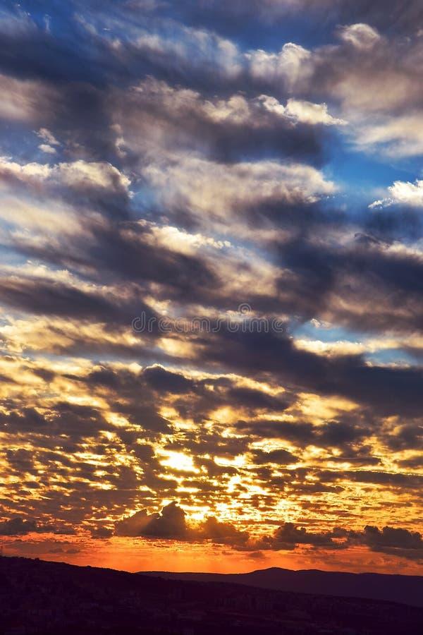 Beau coucher du soleil au-dessus de Cana de la Galilée, Israël image stock
