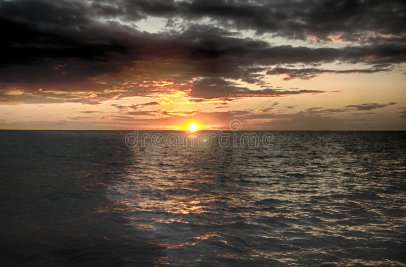 Beau coucher du soleil au St Lucia photographie stock libre de droits
