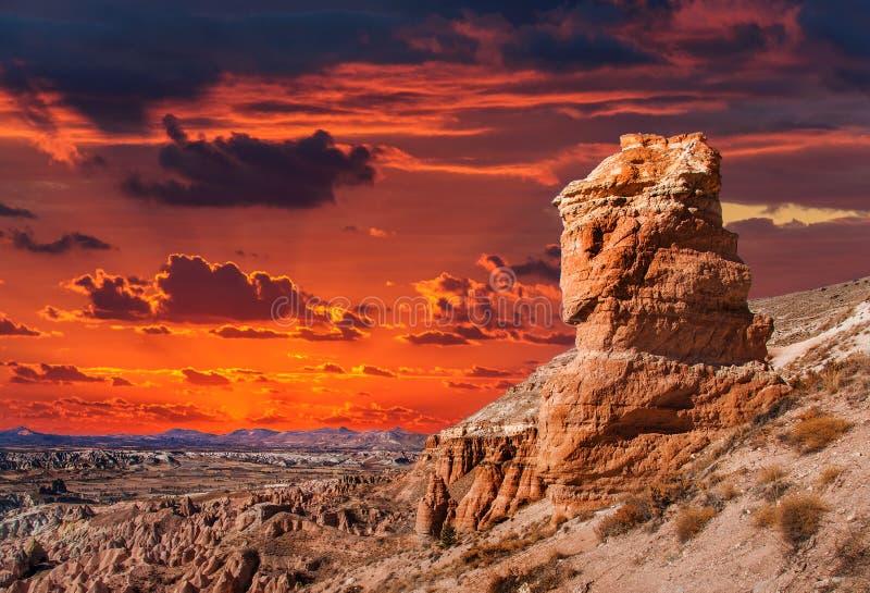 Beau coucher du soleil dans Cappadocia, Turquie images stock