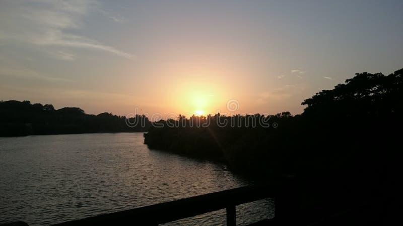 Beau coucher du soleil de coucher du soleil images libres de droits