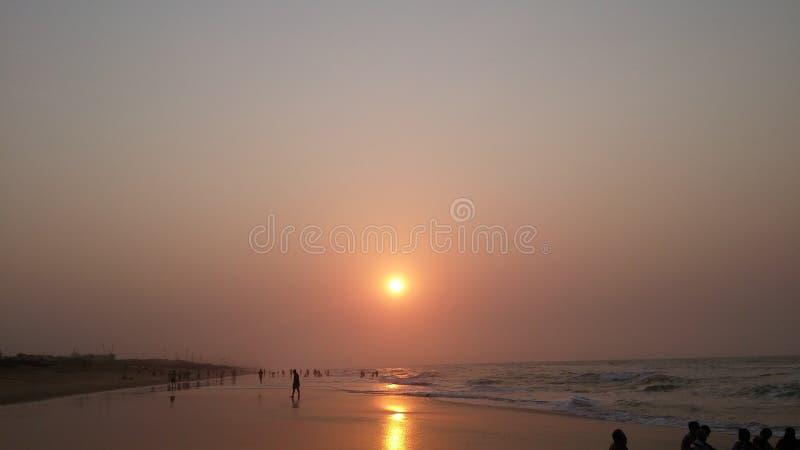 Beau coucher du soleil de noyade photos stock