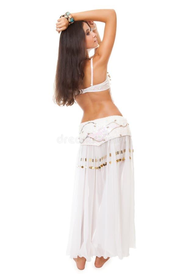 Beau danseur de ventre arabe de jeune femme photo libre de droits