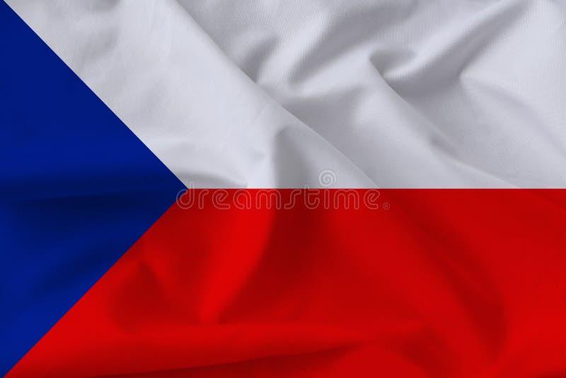 Beau drapeau national de la République Tchèque sur soie douce avec plis doux rapprochés photos stock