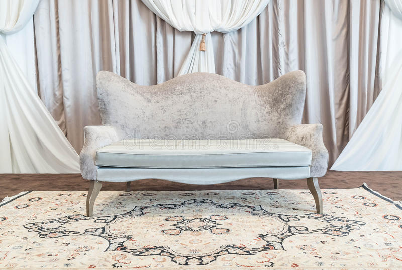 beau et de luxe sofa photographie stock libre de droits