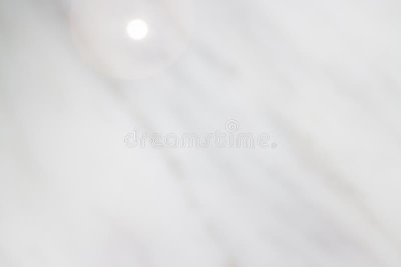 Beau et propre Mable Top Table blanc photos stock