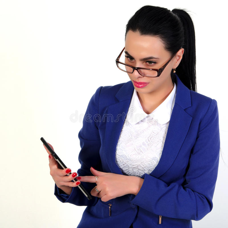 Beau, femme d'affaires avec le comprimé images stock