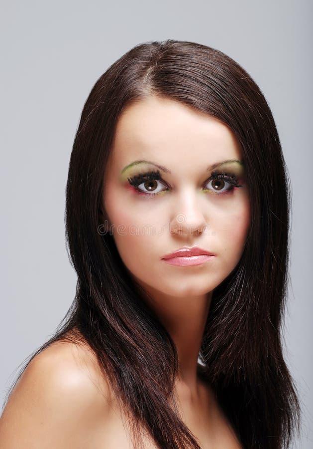 Beau femme européen de brunette de Headshot images libres de droits