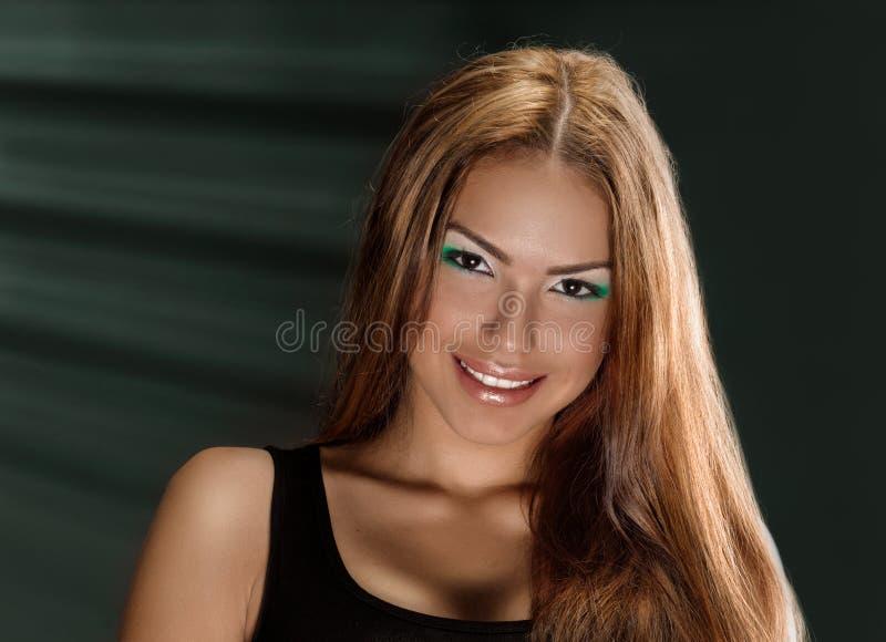 Beau femme sexy avec le long cheveu image stock