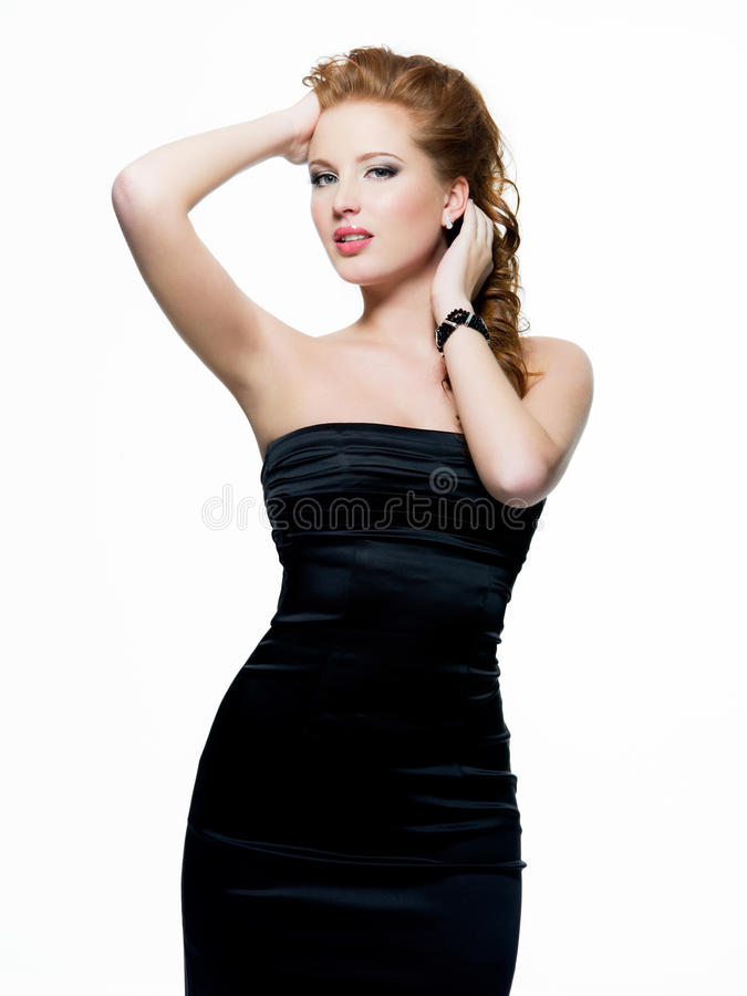 Beau femme sexy dans la robe noire images libres de droits
