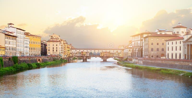 Beau Firenze, Italie Jetez un pont sur Ponte Vecchio à Florence images libres de droits