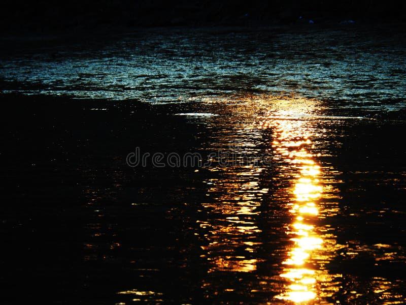Beau fleuve photo libre de droits