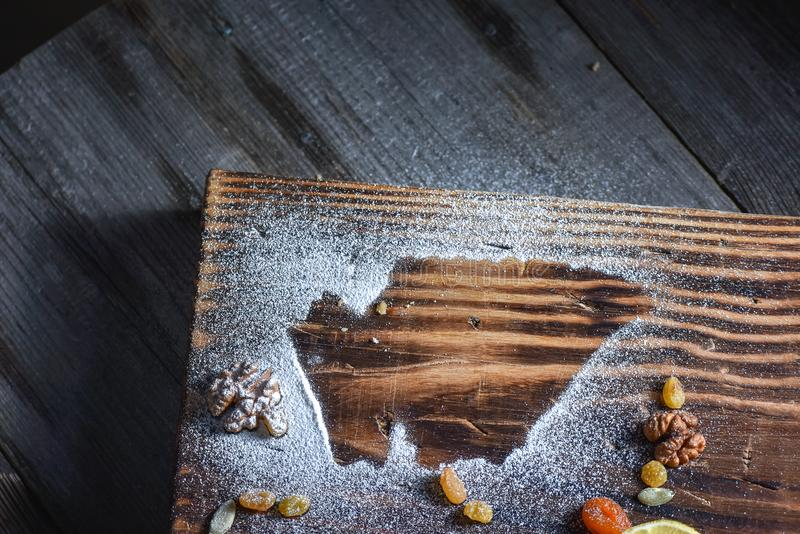 Beau fond pour un blog Bonbons géorgiens Dessert avec du miel, les fruits secs et le citron photographie stock