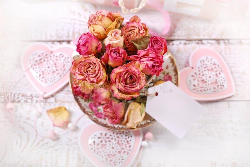 Beau fond sec de roses photos stock