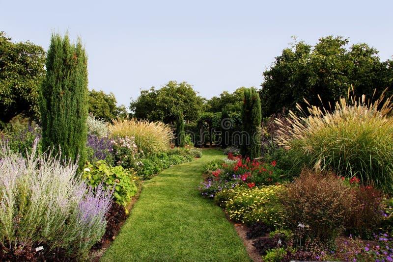Beau jardin photo stock
