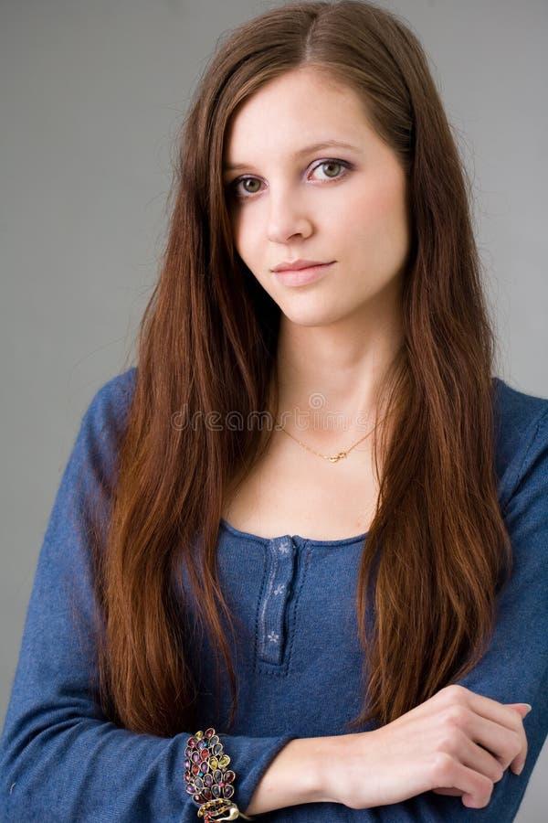 Beau jeune brunette. images libres de droits