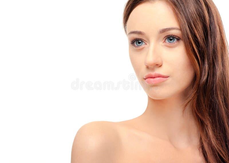 Beau jeune femme avec l'épaule nue images stock