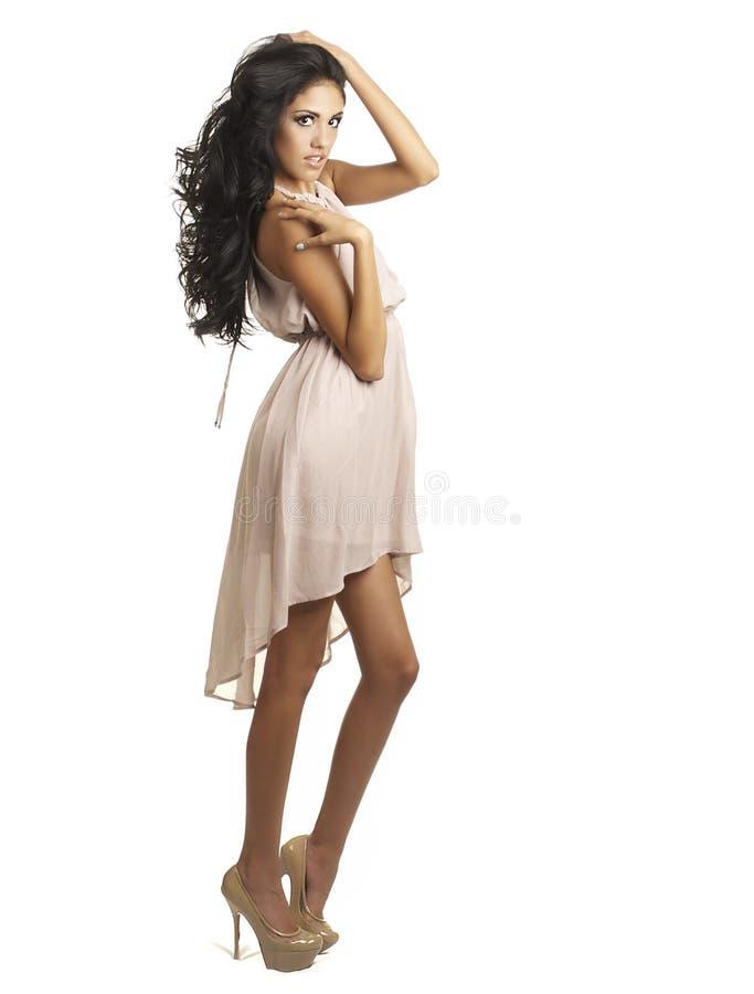 Beau jeune femme avec le long cheveu photo libre de droits