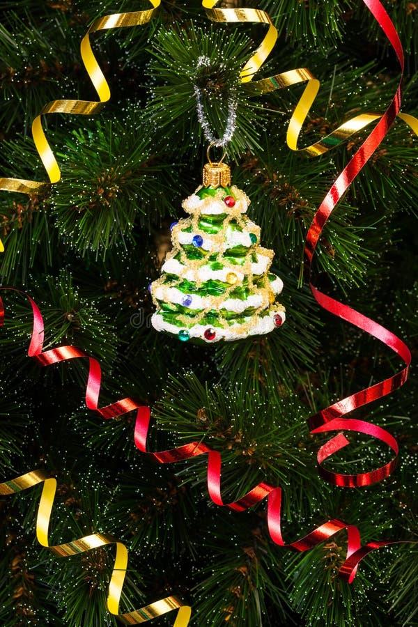Beau jouet de Noël-arbre photographie stock libre de droits