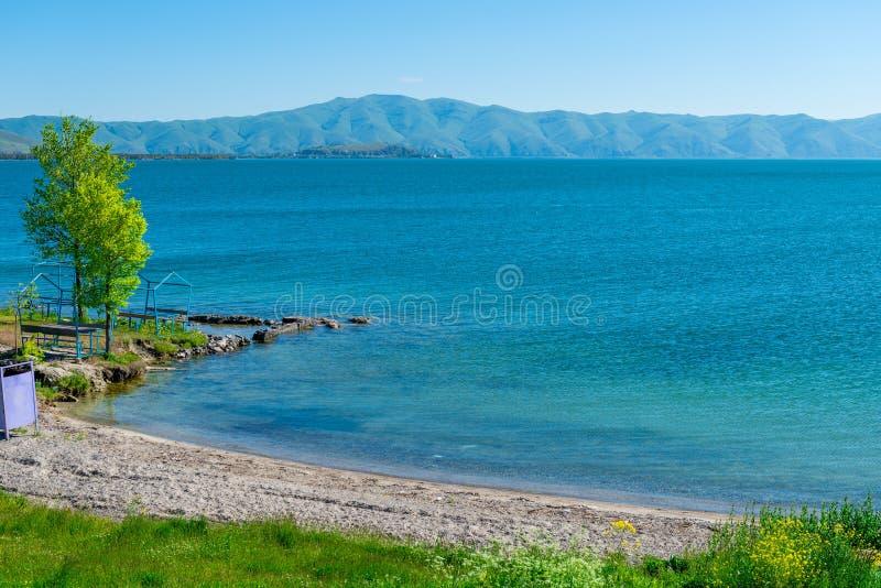 Beau lac célèbre Sevan en Arménie, Mountain View images stock