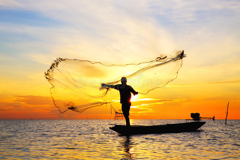 Download Beau lever de soleil image stock. Image du horizontal - 45366987