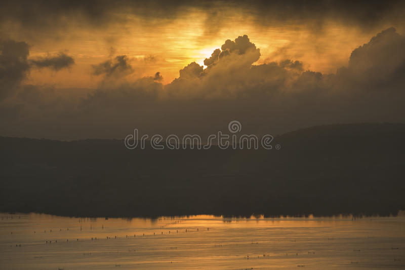 Beau lever de soleil photo stock
