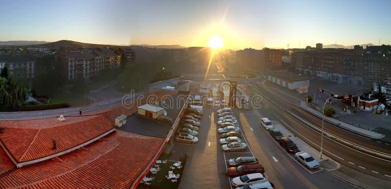 Beau lever de soleil image stock