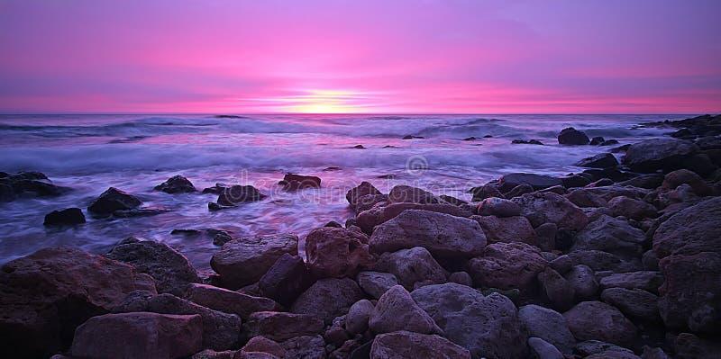 Beau lever de soleil dans la ville Varna image stock