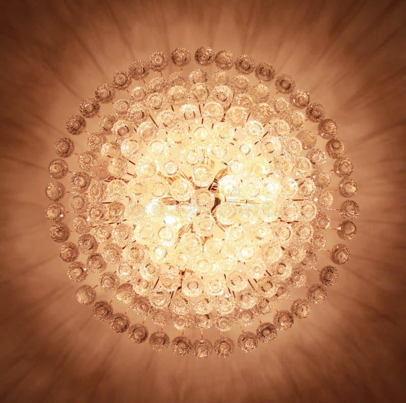 Beau lustre en cristal photo stock