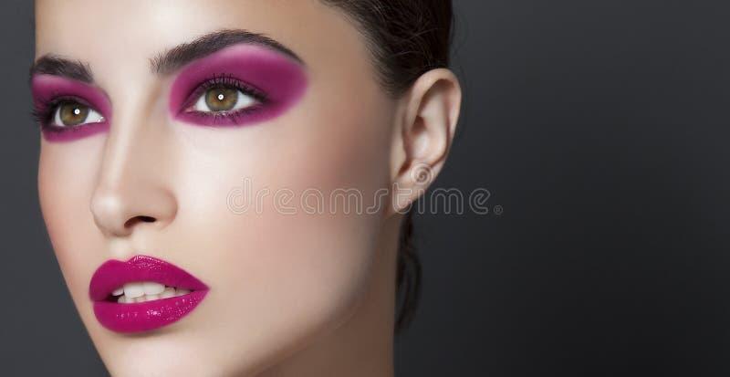 Beau modèle de maquillage photos stock
