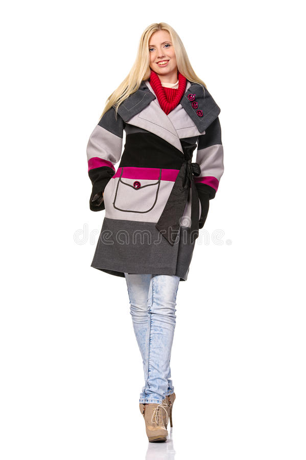 Beau modèle de mode dans des vêtements d'automne images libres de droits