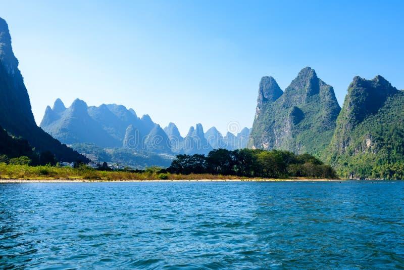 Beau paysage de fleuve de lijiang photo stock